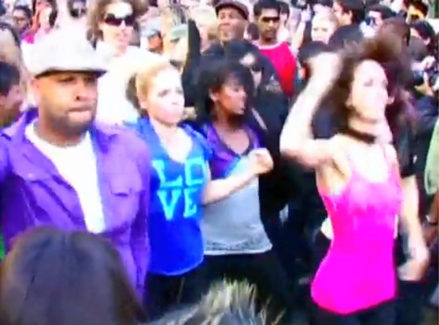 Tłum tańczył na ulicy dla Janet Jackson